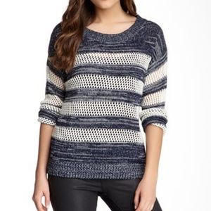 🍁Mine Open weave White and Blue stripe Sweater
